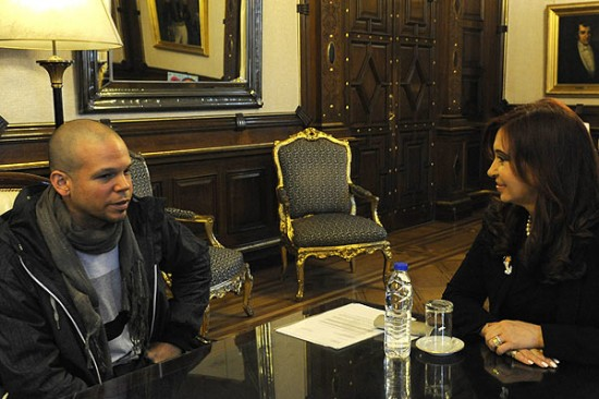 Cristina Fernndez junto a &quot;Residente&quot;.