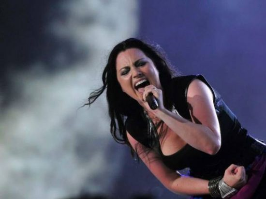 amy-lee-vocalista-de-evanescence-_595_445_42296